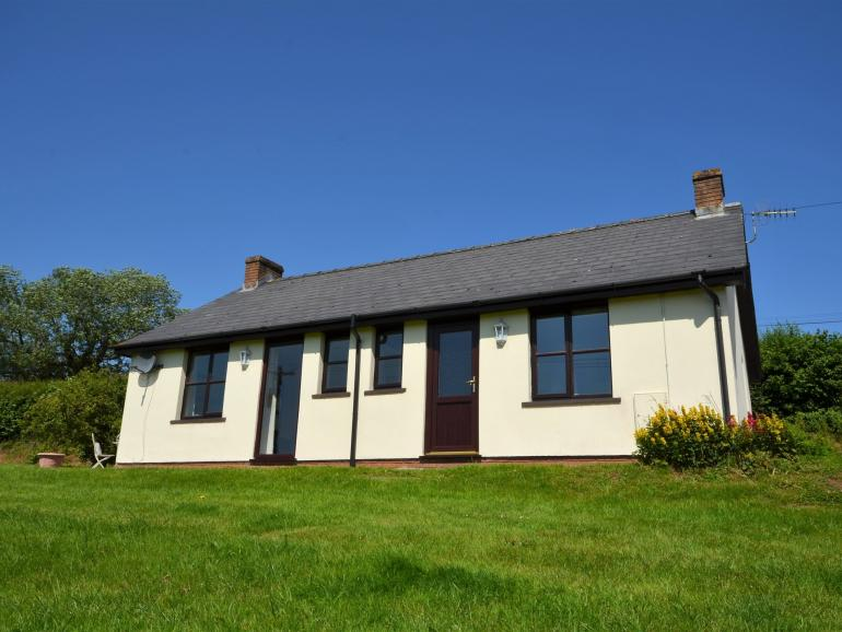 Detached property with lovely mountain views