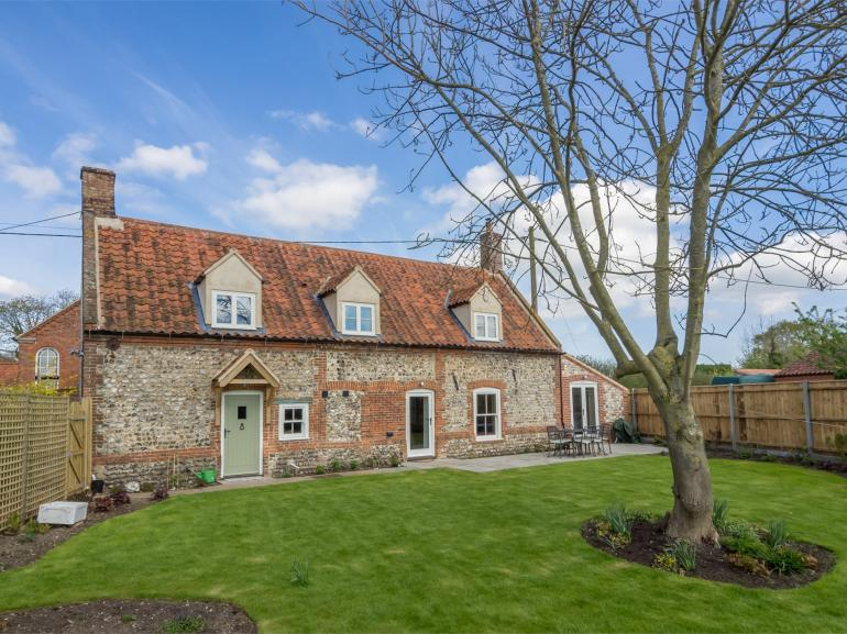 Traditional and renovated farmhouse