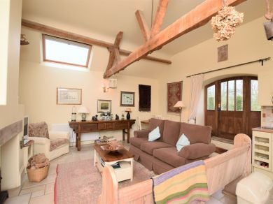 Garden Cottage Wellingham (KT073)