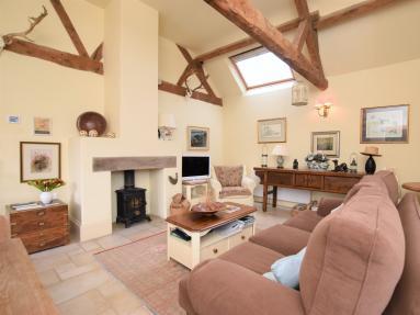 Garden Cottage Wellingham (KT073)