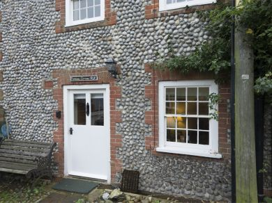 Pimpernel Cottage (KT135)