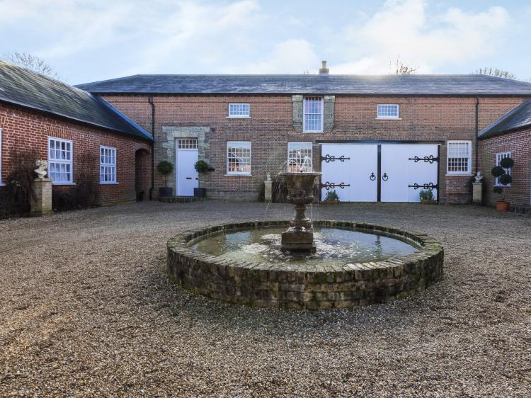 The Coach House Haveringland (KT171)