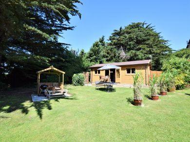 Cherry Orchard Lodge (65141)