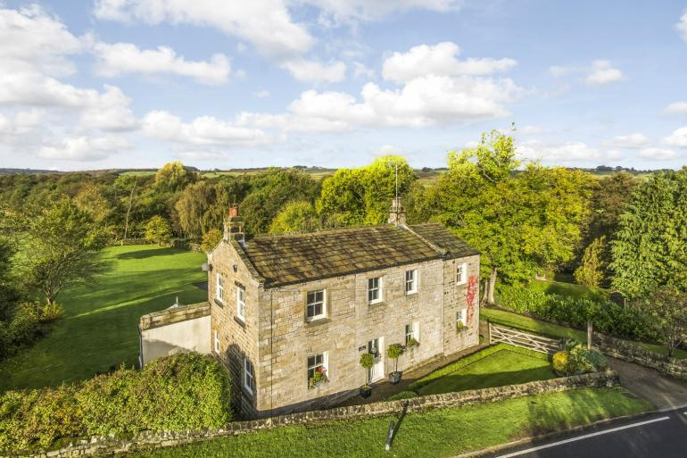 Ivy Cottage, set in beautiful countryside
