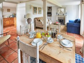 Field Cottage White Heron Properties