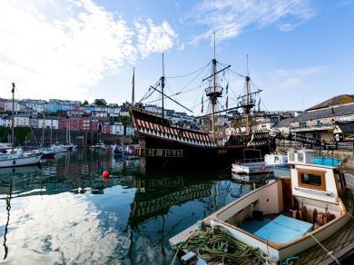 White Sails - Brixham (65715)
