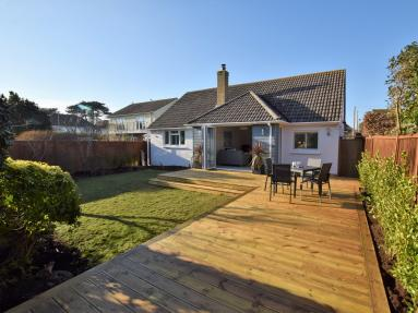 Mudeford Beach Cottage (65954)