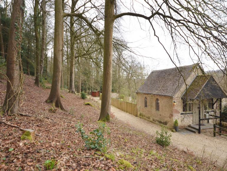 6 acres of private woodland to enjoy from the doorstep