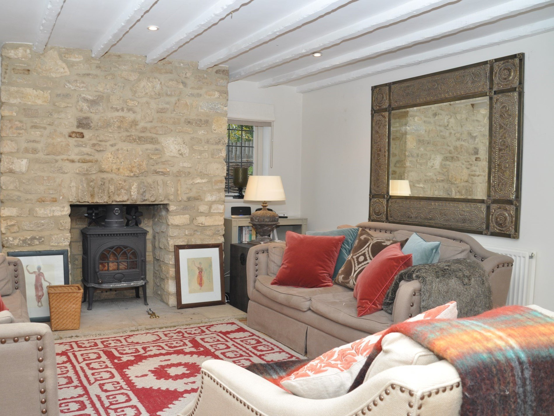This cosy converted chapel is a great base within the Cotswolds