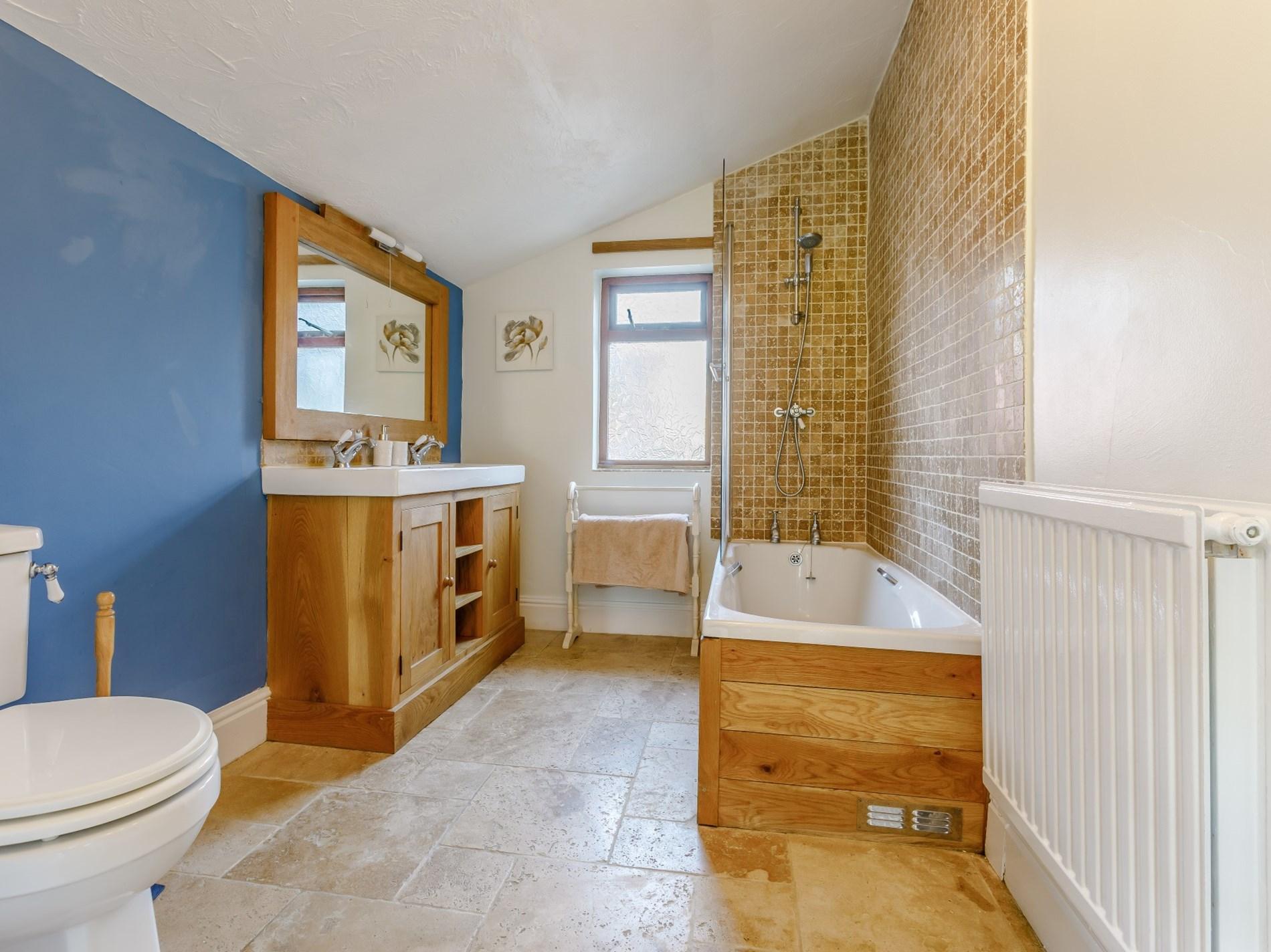 3 Bedroom Cottage in Umberleigh, Devon