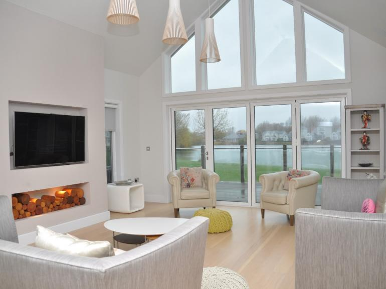 Relax with friends in this open-plan lounge area