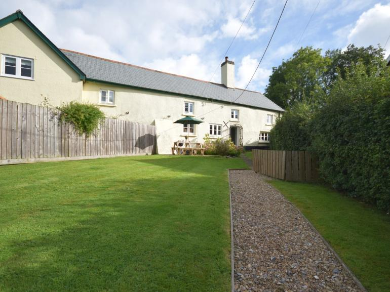 View towards the cottage and the large fully enclosed garden
