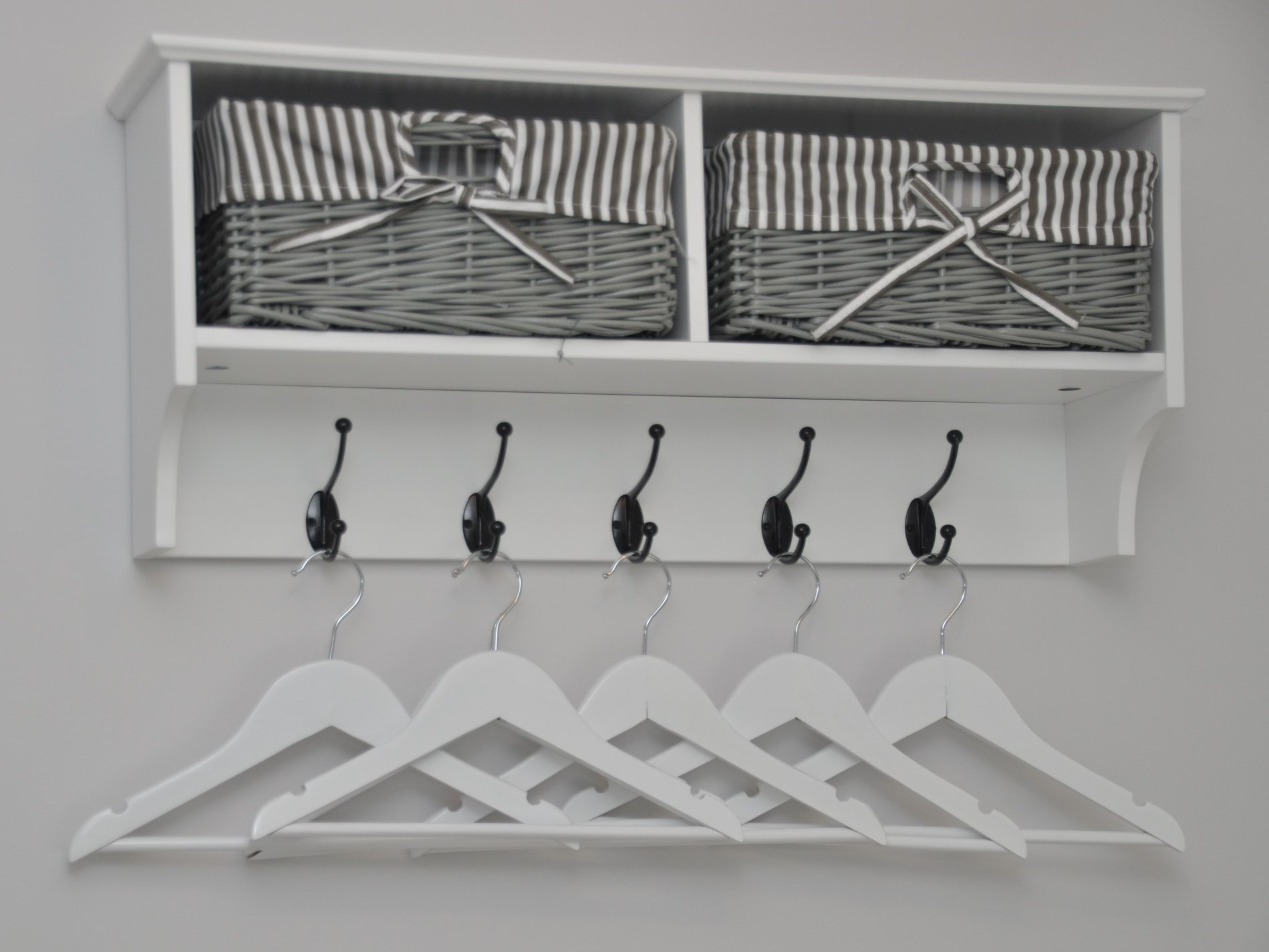 Stylish hanging space