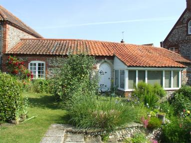 Mews Cottage - Norfolk (NCC36)