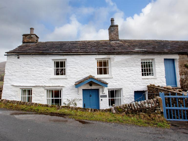 Wonderful Grade II listed cottage in the Dales