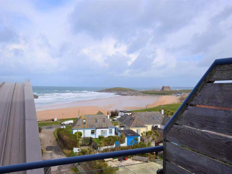 Enjoy al fresco dining with a view over Fistral beach