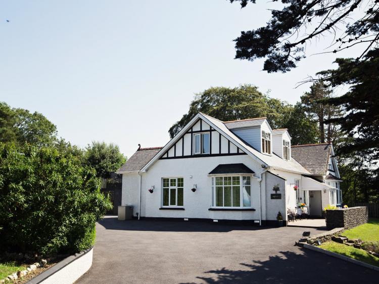 Cardigan Bay House (74151)