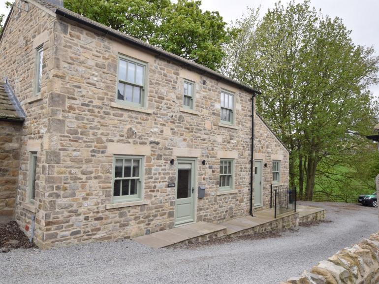 Attractive stone cottage