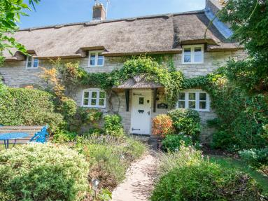 Bay Tree Cottage - Osmington (DC013)