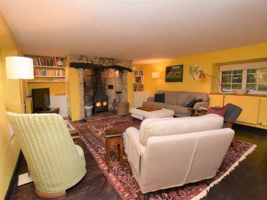 Cliff Cottage - Burton Bradstock (DC034)