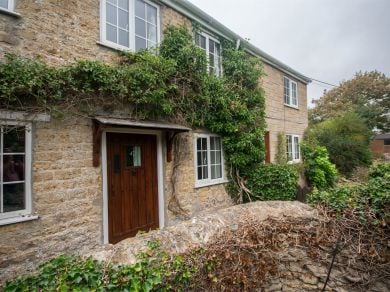 Cliff Cottage - Burton Bradstock (DC034)