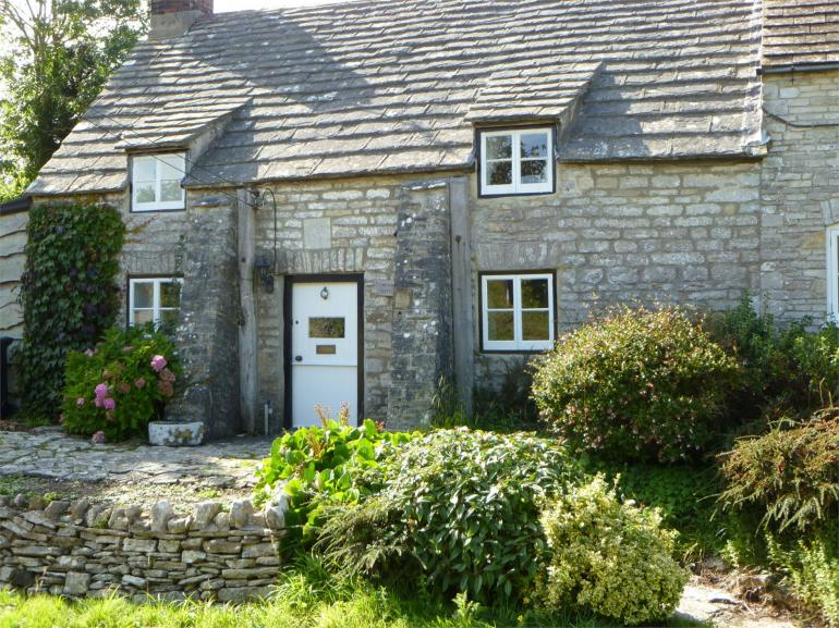 Grade II-listed Dorset cottage