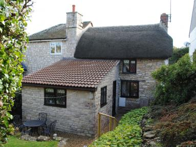 Honeypot Cottage - Weymouth (DC078)