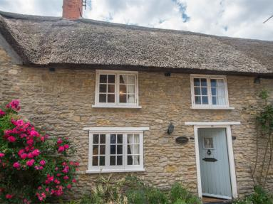 Seine Cottage (DC148)