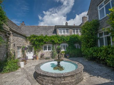 Well Court & Cottage - Corfe Castle (DC200)
