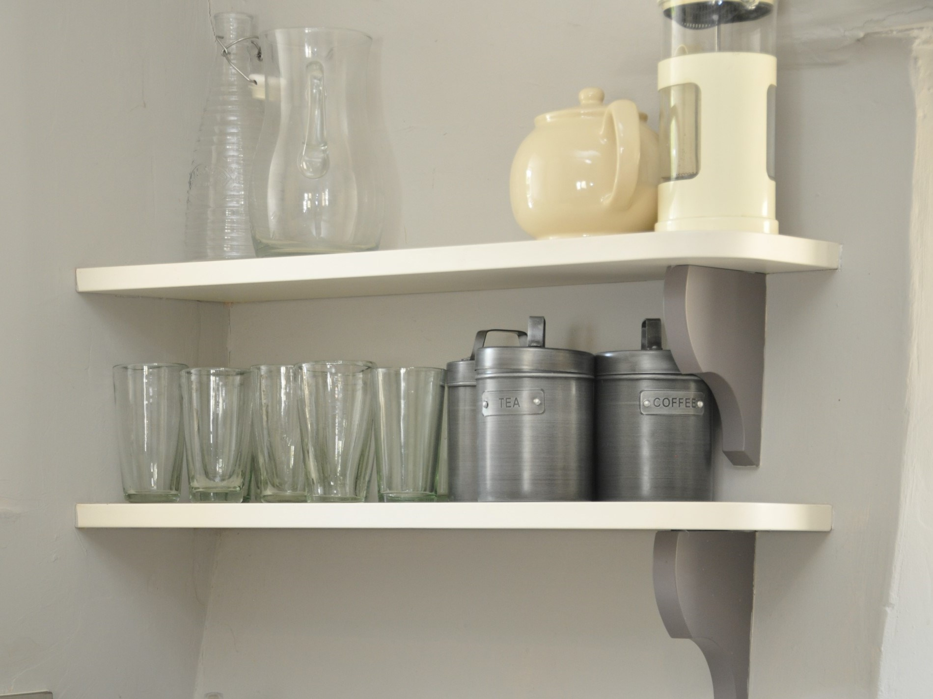 Simple shelving for your tea and coffee