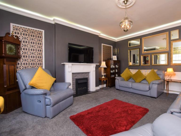 The stylish lounge/diner