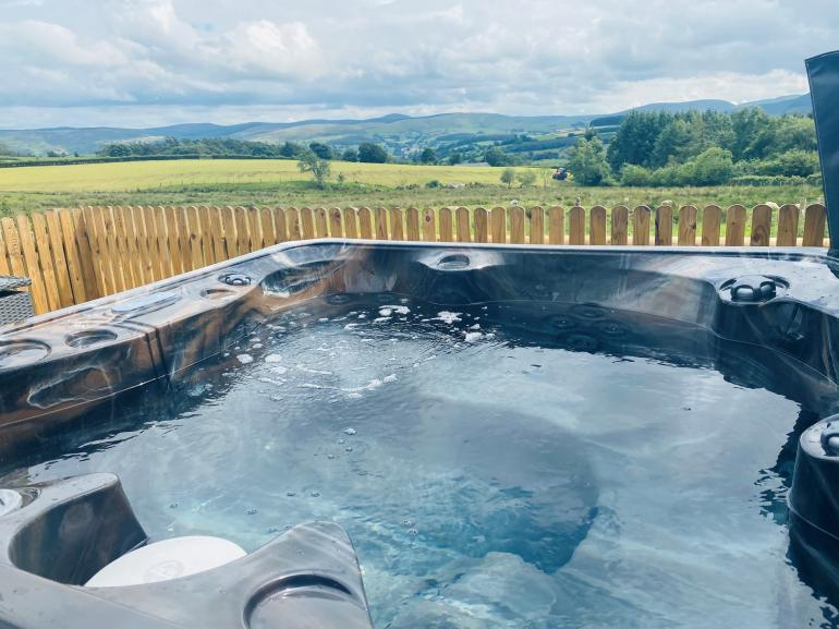 Stunning hot tub views!