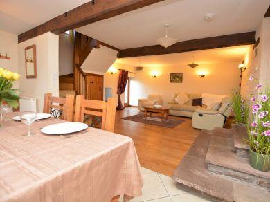 Mawr Dew Cottage (MAWRD)