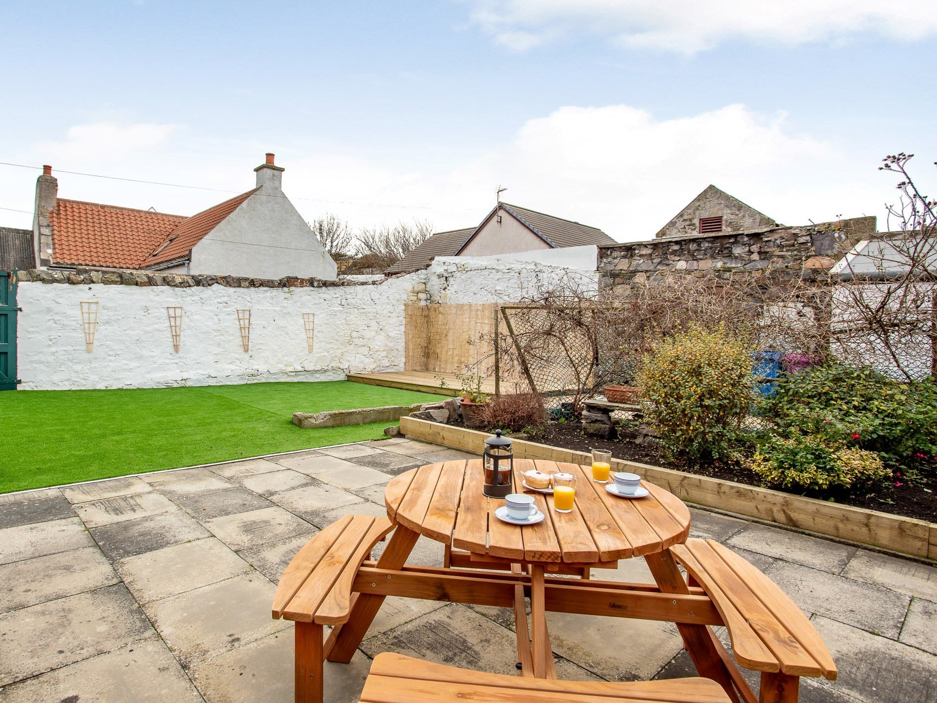 1 Bedroom Cottage in Buckie, Moray, Aberdeenshire & The Coastal Trail