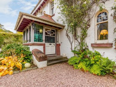 Riverside House (CA119)