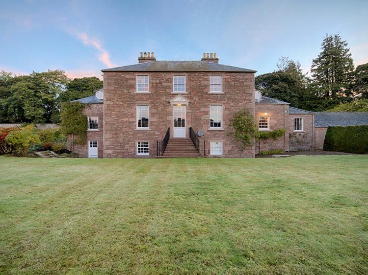 Glamis House (CA153)