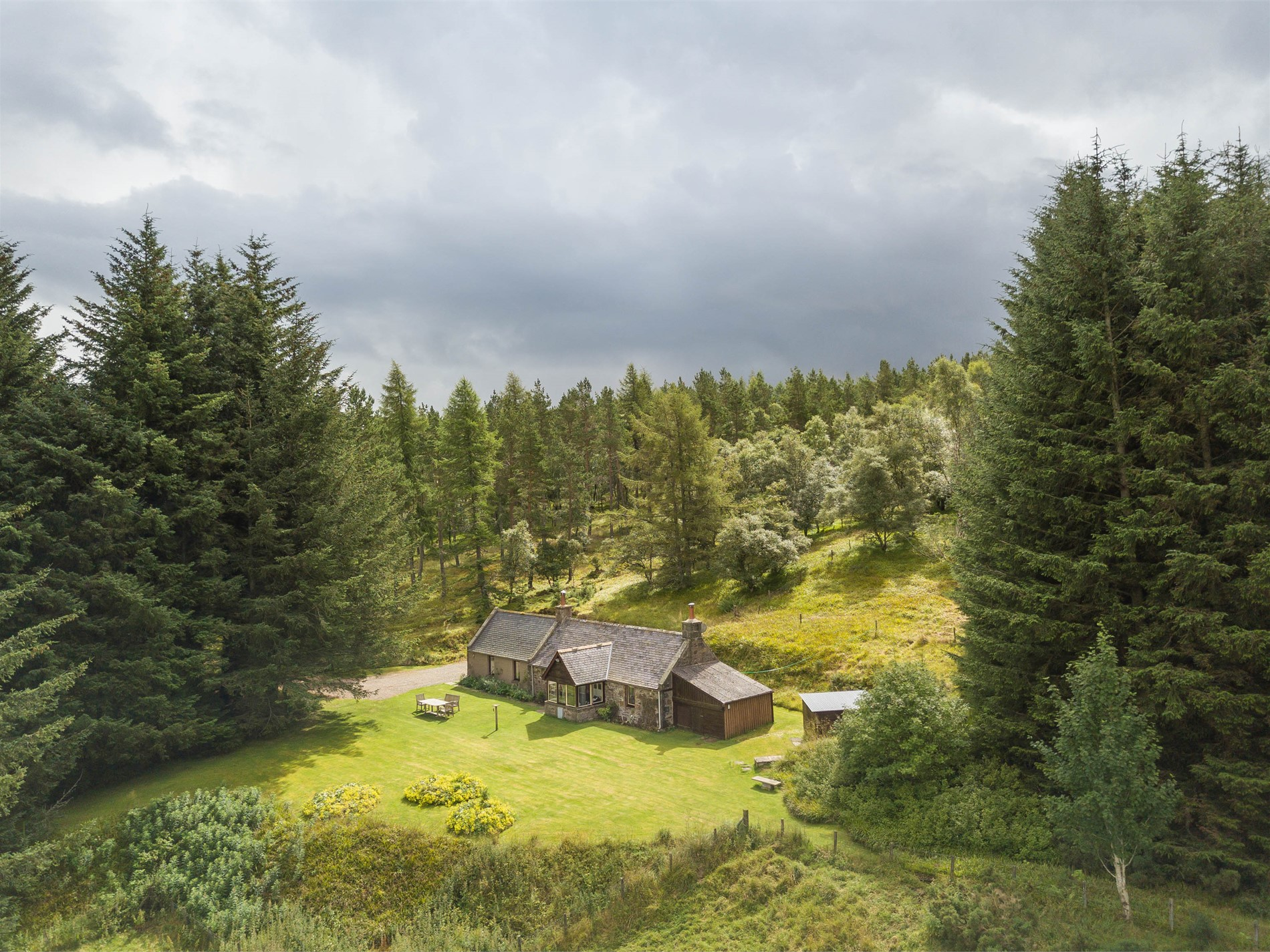1 Bedroom Cottage in Huntly, Moray, Aberdeenshire & The Coastal Trail