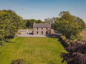 Newton House (CA249)