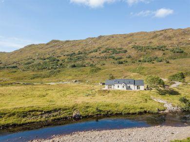 Professor's Cottage - Highlands (CA275)