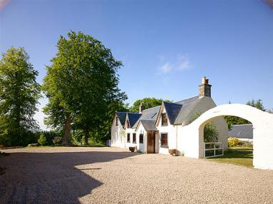 Stable Cottage - Cauldhame (CA309)
