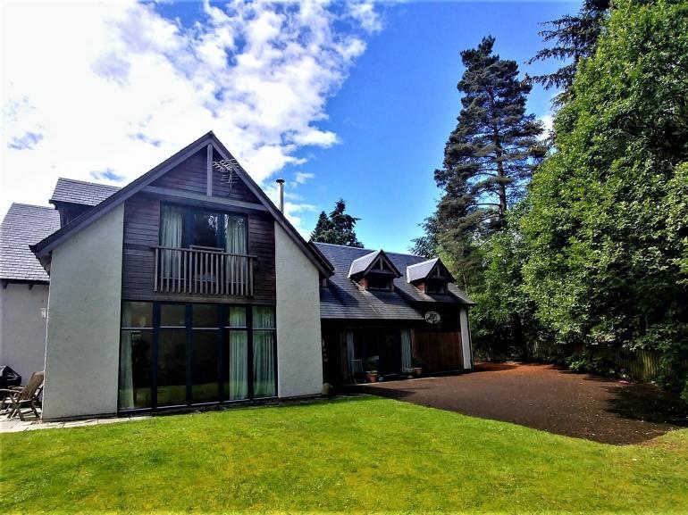 Views towards this wonderful spacious detached stylish property