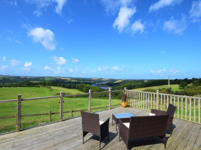 Enjoy these spectacular views over the River Torridge