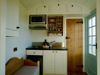 Height Of Winder Shepherds Hut (76535)