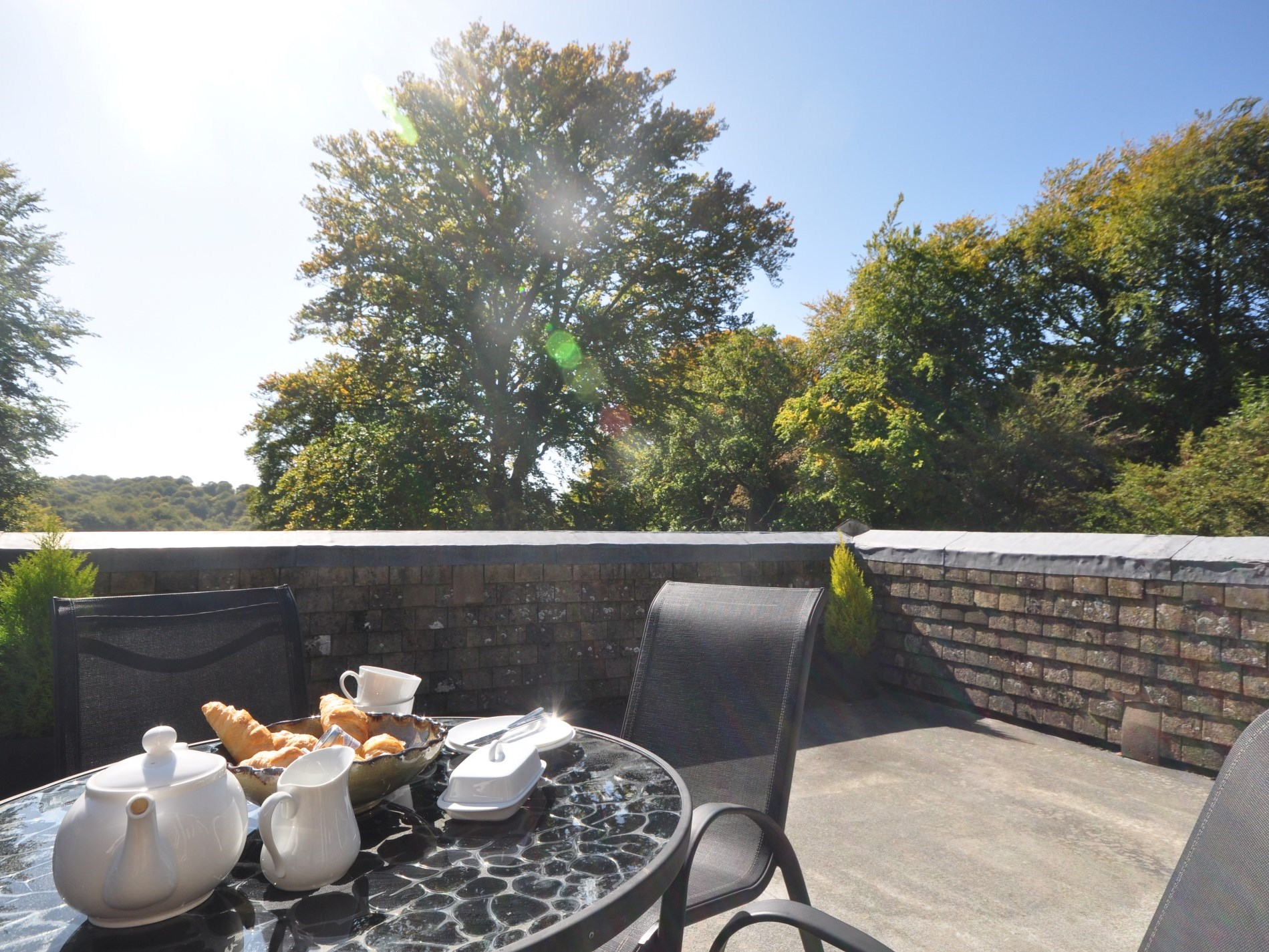 Breakfast on the roof top terrace