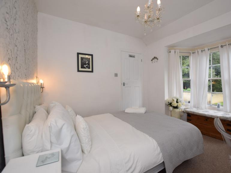Have a dreamy lie-in in the inviting double bed