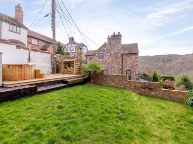 Rock House Ironbridge (76909)