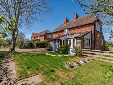 Hazel Cottage (77222)