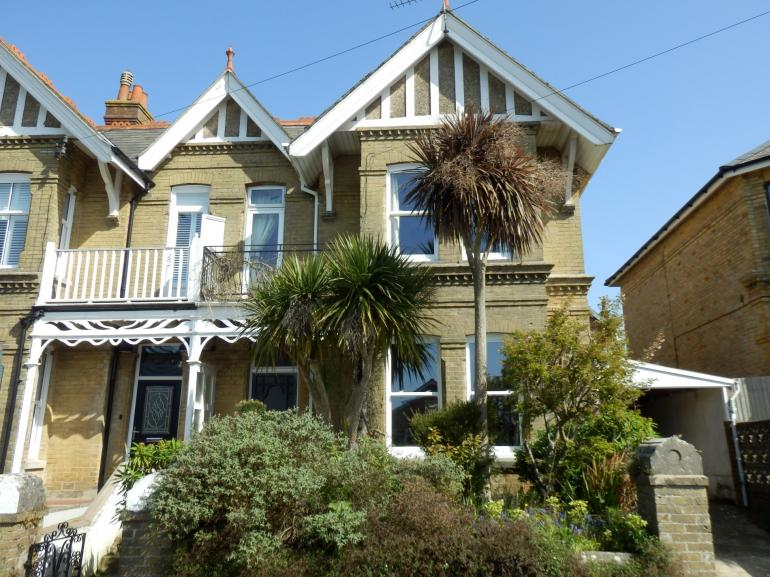 Beautiful Edwardian house in the heart of the charming resort of Shanklin