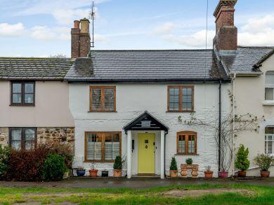 Old Shop Cottage - Wool (77355)