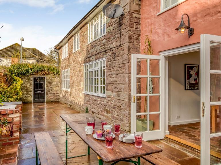 The courtyard is perfect for entertaining with built in BBQ